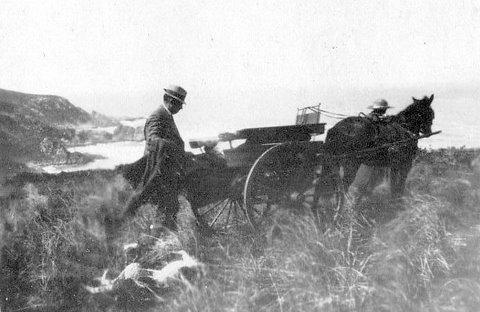 Rex and Katherine Metelerkamp and horse Ninon on the Headland at Knoetzie.